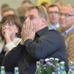 """Lars Thomsen: """"Es 'poppt' bald!"""" – Forum E-Mobilität zum Auftakt der Messe in Schwalmstadt-Ziegenhain"""