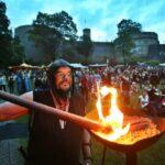 Zeitreise ins Mittelalter: Sparrenburgfest in Bielefeld