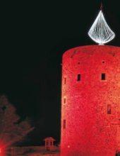 Alle Jahre wieder – Nordhessens größte Adventskerze wird in Homberg (Efze) angezündet