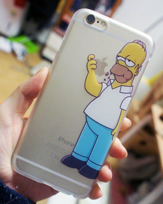 Homer Simpson iPhone - Bild von boyoung Ro auf Pixabay