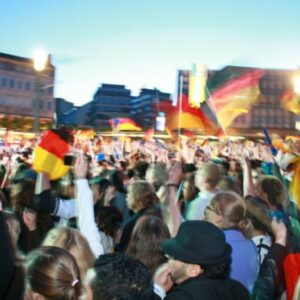 Christoph Biermann:  Fast alles über Fußball