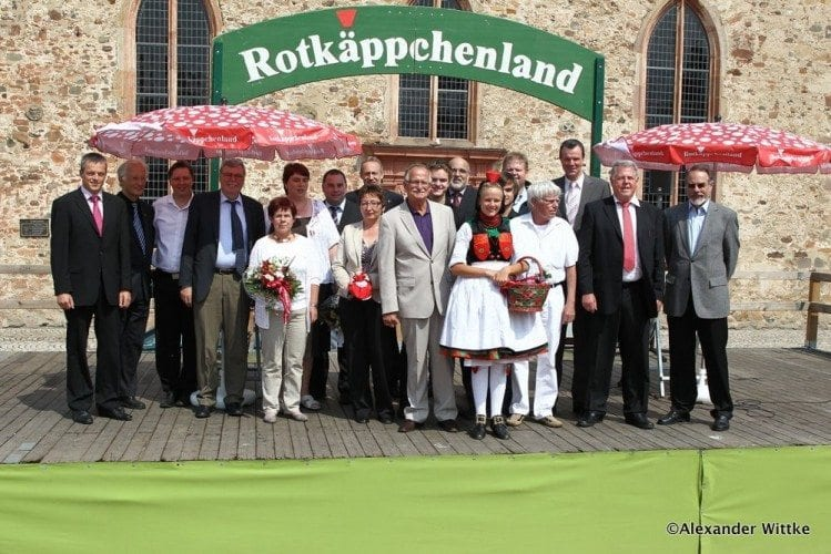 Abschlussveranstaltung der Rotkaeppchenwoche 2012 auf dem neu gestalteten Paradeplatz in Ziegenhain © Foto: nh24/Alexander Wittke
