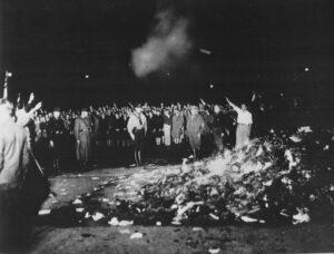 Wo Bücher brennen - Bücher-Verbrennung im Fokus in Gudensberg