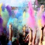 Farbe bekennen – Holi in Calden