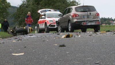 16-jähriger Motorradfahrer stirbt bei Unfall