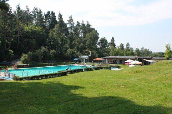 Waldschwimmbad in Bad Emstal Balhorn rockt die Region!