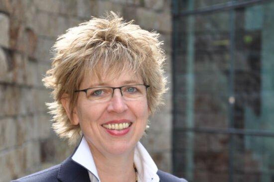 Die akademische Leiterin des Studiengangs IPM <strong>Prof. Dr.-Ing. Sigrid Wenzel</strong>. | (c) UNIKIMS