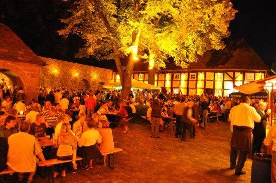 40 Jahre Burgfest Dringenberg - Jubiläum am 01. August 2015