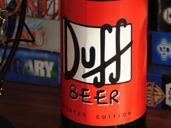 Duff-Beer - Bild von Adrián Winter auf Pixabay - The Simpsons