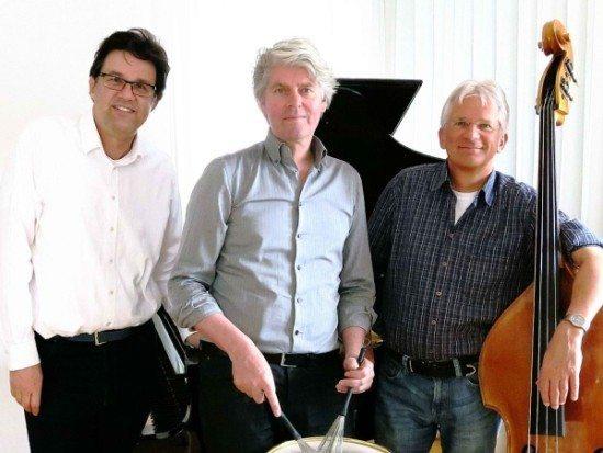 Jazz aus Paderborn: Swinging X-Mas u.a. mit dem Benny Düring Trio