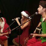 Nikolaus, Santa Dursti und die Glücksfee beim Hephata-Weihnachtsmarkt