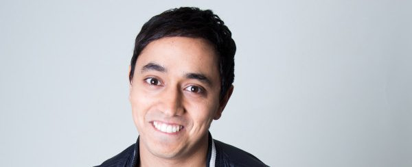 Gewinner des Comedy Grand Prix Salim Samatou stellt sein Debüt in Paderborn vor