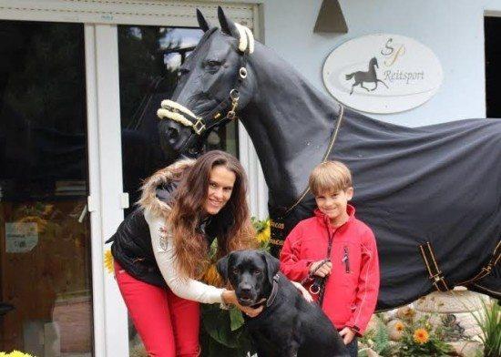 Gute Resonanz und Erlös für einen guten Zweck bei der Charity-Reiter-Party in Bad Arolsen