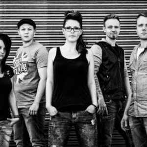Rock for Tolerance: Insta-Sessions live mit TYNA, Spit und Silencer!