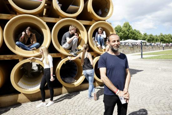 documenta-Installation auf dem Friedrichsplatz