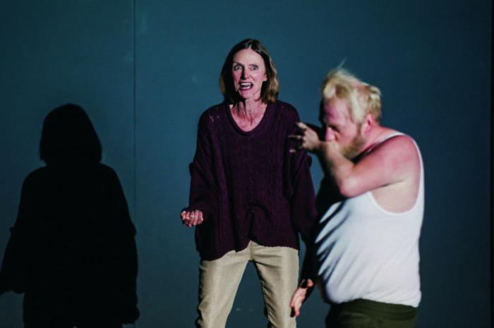 Theater in Paderborn: Krieg im Kopf