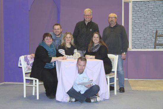 Nichts als Kuddelmuddel: Theater-Theater-Spektakel in Großenenglis