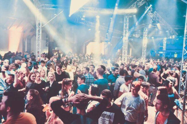 Partys in der Nähe: Heute, morgen und am Wochenende! Der Ww-Party-Finder