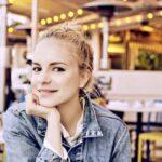 Wortzauber: Julia Engelmann in der Stadthalle Beverungen