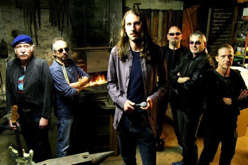 Steven Stealer Band im Holy Moly: Classic-Rocker grooven in Edertal-Anraff!