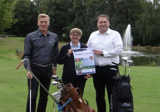 16.000-Euro-Spende für das Kinderhospiz Bethel: Ehemalige Sportstars golfen in Bad Salzuflen für den guten Zweck