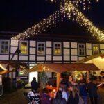 Traditioneller Weihnachtsmarkt in Uslar – Lichterglanz, Budenzauber und Gaumenfreuden