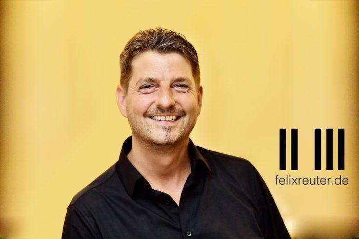 Felix Reuter in der Aula Alte Universität Fulda - Die verflixte Klassik
