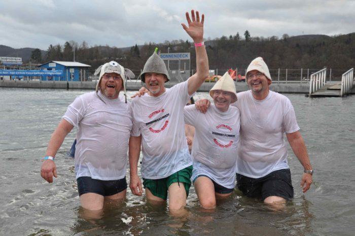 Nichts für Kälteempfindliche: Am 1. Januar wird die Badesaison an Hessens größtem See mit der 13. Auflage des Neujahrsschwimmens eröffnet. (Archivfoto WLZ: Conny Höhne)