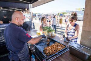 Ob Burger, Hot Dog oder Insekten, das alles und viel mehr gibt es beim Street-Food-Festival im Kongress Palais Kassel.