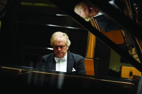 Justus Frantz spielt Mozart - Der Pianist kommt bald nach Marsberg!