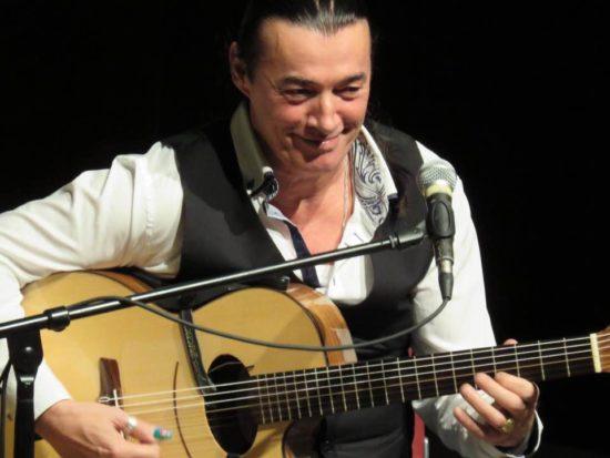 Gitarrenversteher Lulo Reinhardt kommt nach Marburg