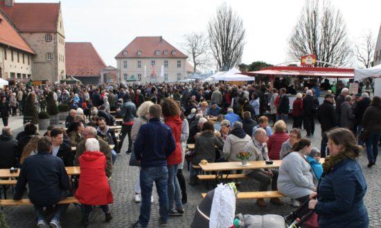 Im Kloster Haydau gabs Ahle Wurscht satt - Ahle-Wurscht-Tag in Morschen!