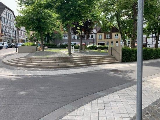 Gebrueder Warburg Platz