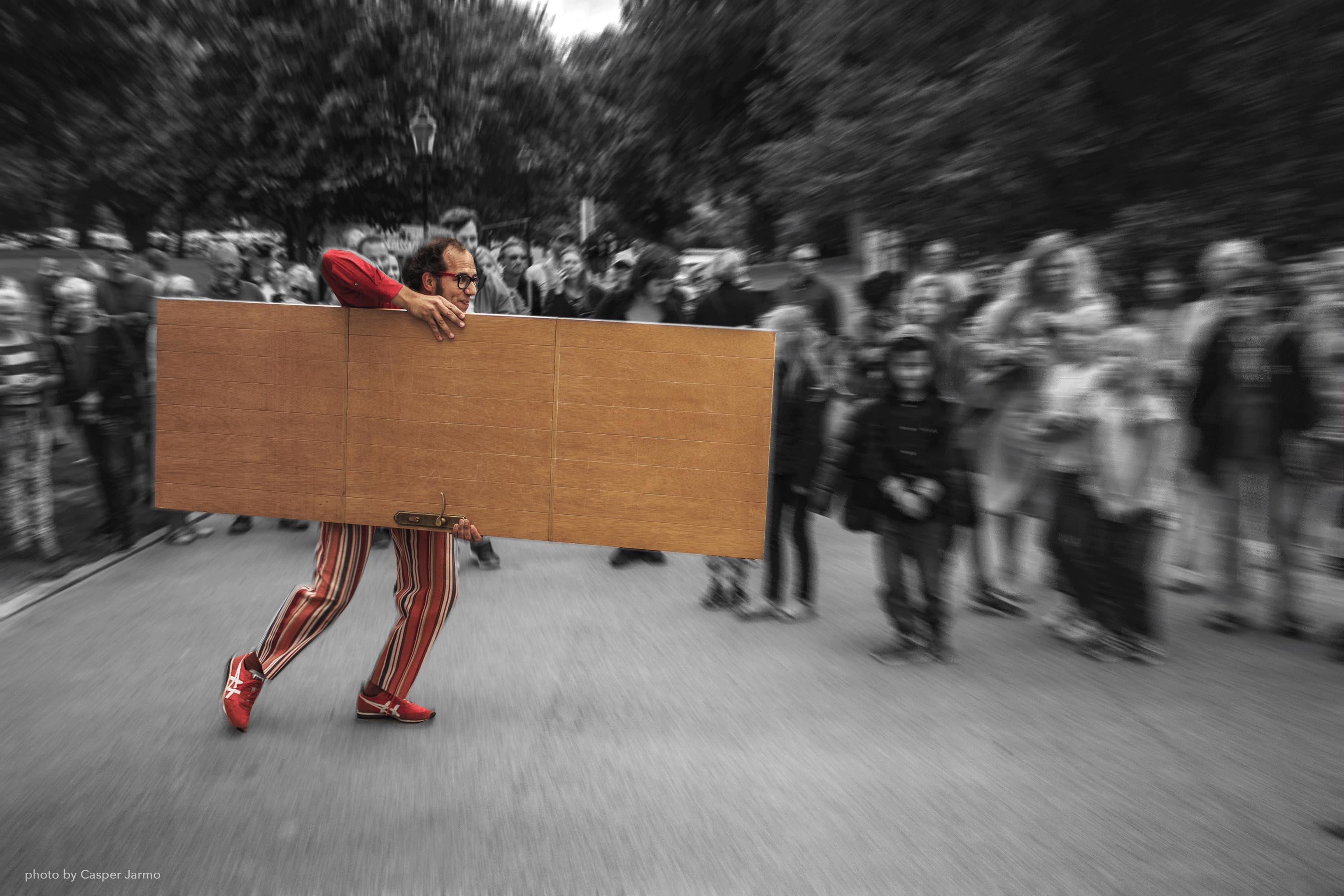 Theater unter freiem Himmel: 15. Internationales Straßentheater Festival in Holzminden