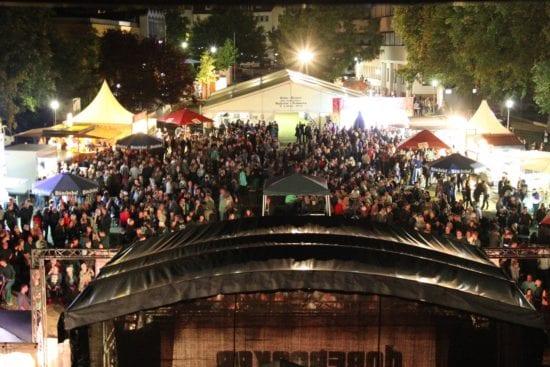 Ein Feuerwerk am Regenbogenhimmel: Drei Tage buntes Programm beim Borkener Stadtparkfest