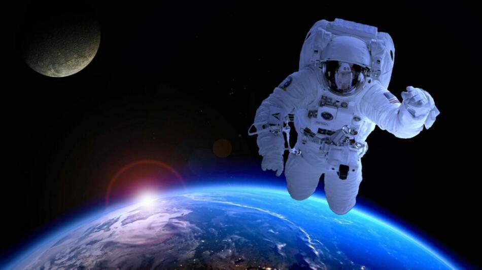 astronaut-1849402 1920-1