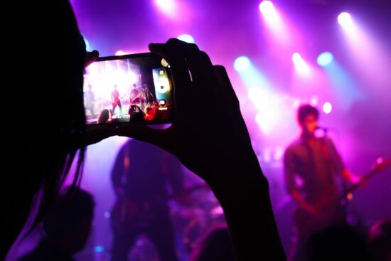 Events-Veranstaltungen-Konzerte-Partys-Kultur-Ausstellungen-Flohmärkte-Karaoke-Volksfeste-Stadtfeste-Messen-Partys