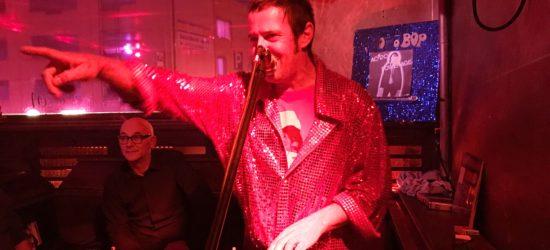 Plattenauktion in der Lolita Bar: Plastic Bertrand schlägt die Beatles