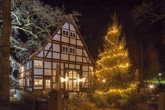 Mittelalterlicher Weihnachtsmarkt im Tierpark Sababurg: Weihnachten in Mittelerde