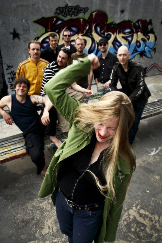 Big Band-Festival Holzminden: Beat'n Blow aus Berlin sind mit der Stimmgewaltigen Frontfrau Katie La Voix wieder dabei