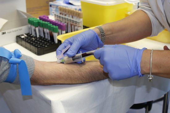 Aufruf zur Blutspende in Corona-Zeiten - Auch jetzt werden Blutkonserven dringend gebraucht!