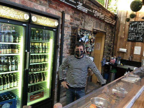 Lolita Bar Kassel - Wie die Kult-Kneipe entstand und welche Sorge Inhaber Bob aktuell umtreibt