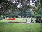 In der Minigolfanlage Dreiländereck in Neuhaus kann ab sofort wieder gegolft werden!   (c) Touristik-Information Neuhaus und Silberborn