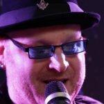Einer der Künstler der Parkbank-Konzerte in Homberg (Efze): Mike Gerhold