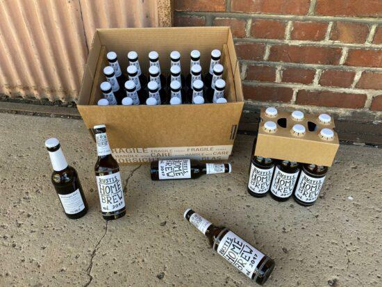Und so sieht das gute Gebräu aus: Rustis Home Brew kommt mit schmuckem Etikett, entworfen von Lukas Karte, daher