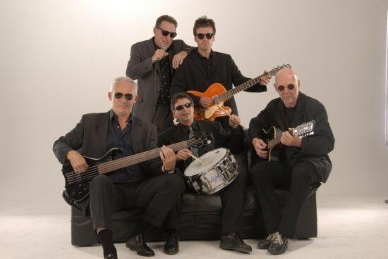 Rock auf dem Sofa - Die Midnight Ramblers rocken den Spiegelslustturm Marburg