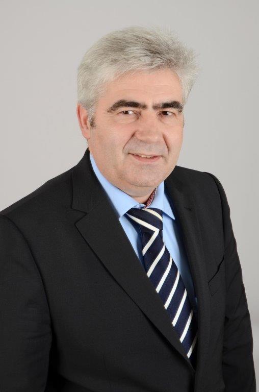 Bürgermeister Stefan Pinhard plädiert für die Unterstützung des lokalen Einzelhandels, besonders während Corona | (c) Stefan Pinhard