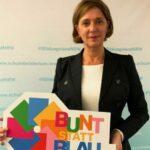 »bunt statt blau«: DAK sucht bis zum 15.9.2020 Plakate gegen Alkoholmissbrauch