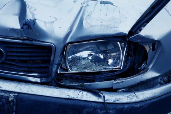 Polizei Paderborn: Fünfjährige von Auto angefahren - Fahrradhelm verhindert Schlimmeres