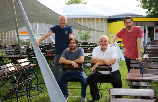2019 übernahmen sie die Organisation für das Kulturzelt Musikfestival: Lutz Reimer, Mathias Jakob, Jürgen Truß und Bernhard Weiß (v.l.)   (c) Andreas Fischer
